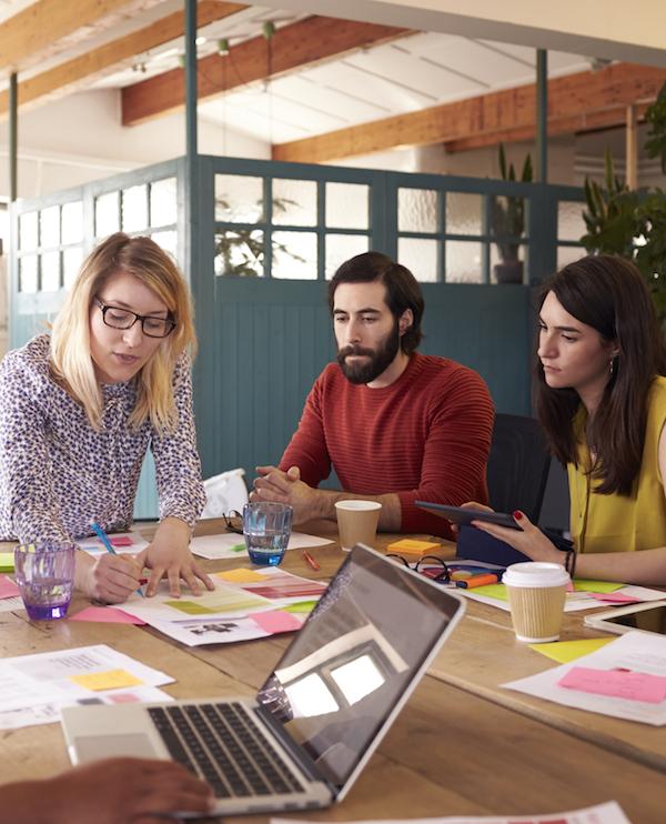 """""""Nu är det bevisat att kvinnor håller mer effektiva möten än män"""""""